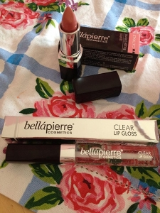 Bella Pierre Make Up Review - 03